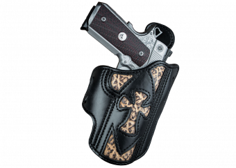 The Sapientia is the first holster of the Virtus Series featuring a Custom Wilson Combat 1911