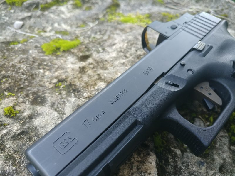 The Glock 17 Gen 4 MOS - A Gun For All | CrossBreed Blog