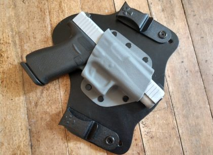 The author's Glock 48 in a CrossBreed SuperTuck.