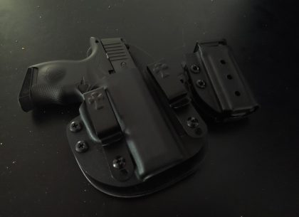 Heavy Metal: Reviewing The Icarus Precision P365 Grip