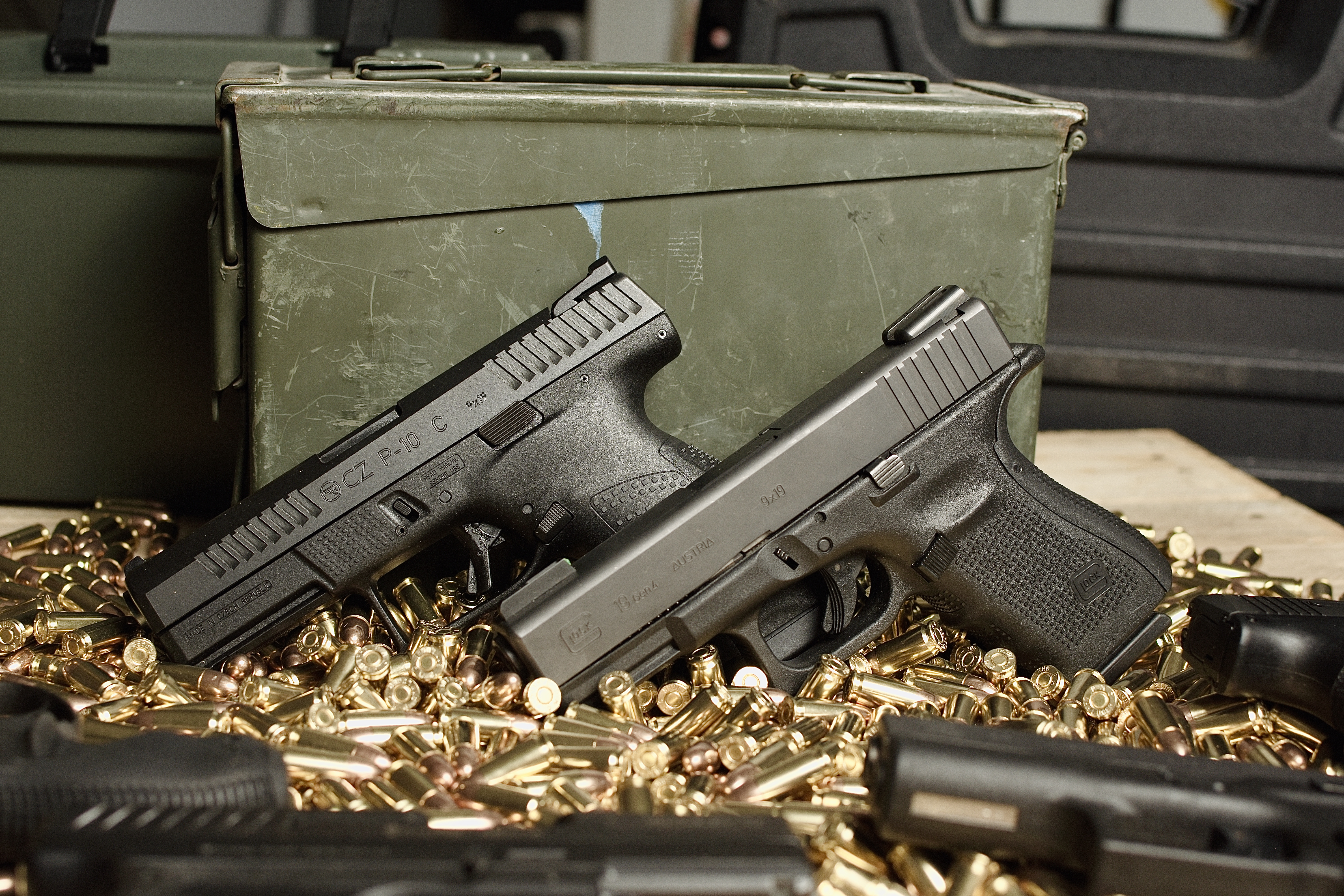 compact pistols, Glock, Glock 19, G19, CZ, CZ P10, CZ P10C, P10, P10C, hybrid holster, holsters, compact, concealed carry, Glock G19, concealed, best holster, IWB, OWB, pistols, carry pistol, best pistol, gun review, CrossBreed Holsters, holsters for concealed carry, holsters for, best holster