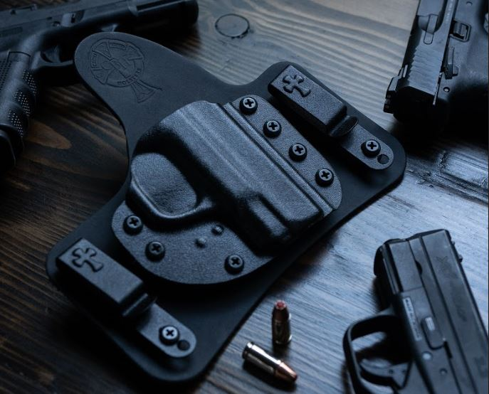 IWB, horsehide, CrossBreed Holsters, hybrid holsters, concealed carry, most comfortable holsters, leather hybrid holsters, cowhide, Founder's Series, Best Leather, most comfortable holster, OWB, holsters, black cowhide, black holster, Hybrid MT2 Holster,