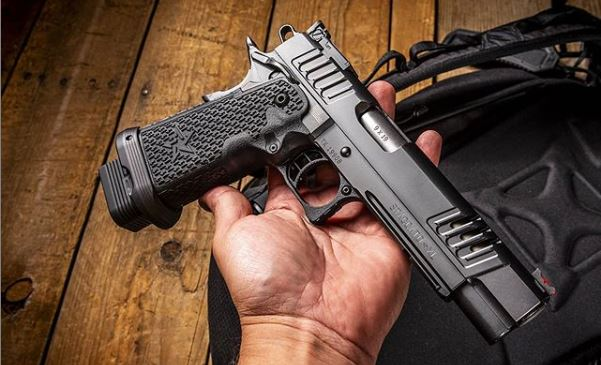 1911, handguns, pistols, CrossBreed Holsters, concealed carry, IWB, OWB, 1911 history, Ultimate Guide to 1911 Pistols, M1911, 1911 pistol, Springfield Armory, Springfield Armory 911, handguns, Staccato 2011, 2011 pistol, largest 1911, STI
