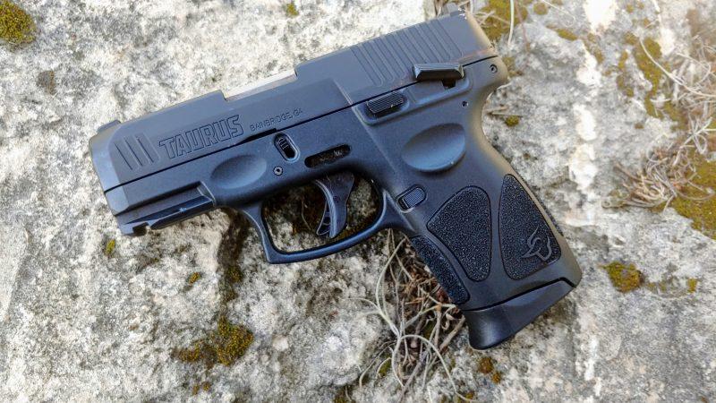 Taurus, Taurus G3c, CrossBreed Holsters, MT2 Holster, hybrid holster, concealed carry, gun review, Taurus gun, everyday carry, EDC, IWB, OWB, best holster for, holsters for Taurus , G3c, Taurus G3c