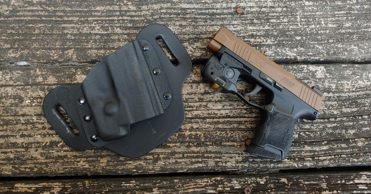 SIG P365, SIG SAUER, Streamlight, Concealed Carry Holster, 1911 Holster, IWB holster, SIG P365 holster, OWB, outside the waistband, DropSlide, CrossBreed Holsters, owb holster, hybrid holster, Travis Pike, firearms training, method of carry, gun holster